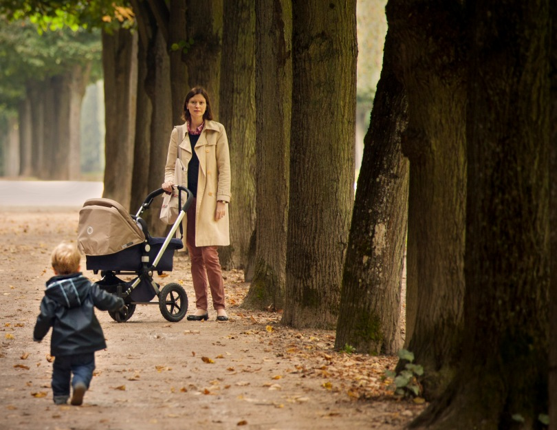 Parisian mother and child