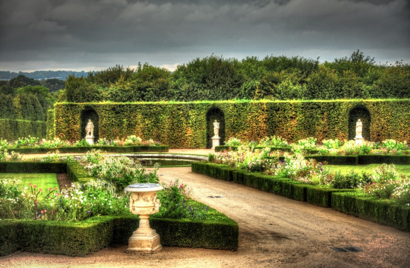 Seasons in the Palace Garden