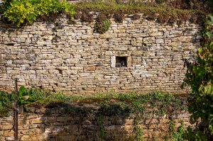 _MGL8018_Rock Wall Window